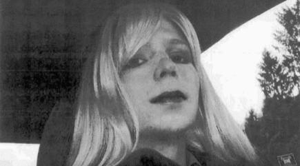 Chelsea Manning Posts Photo of Pizza After Release From Prison