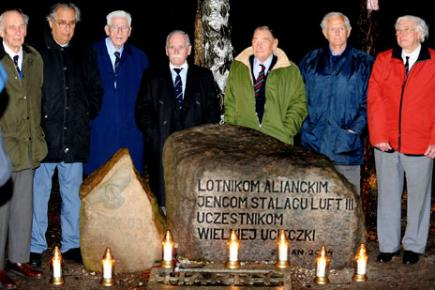 Former prisoners of Stalag Luft III visit the site in 2009