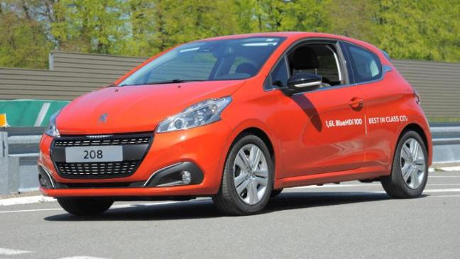 fuel economy record for peugeot 208 - bt