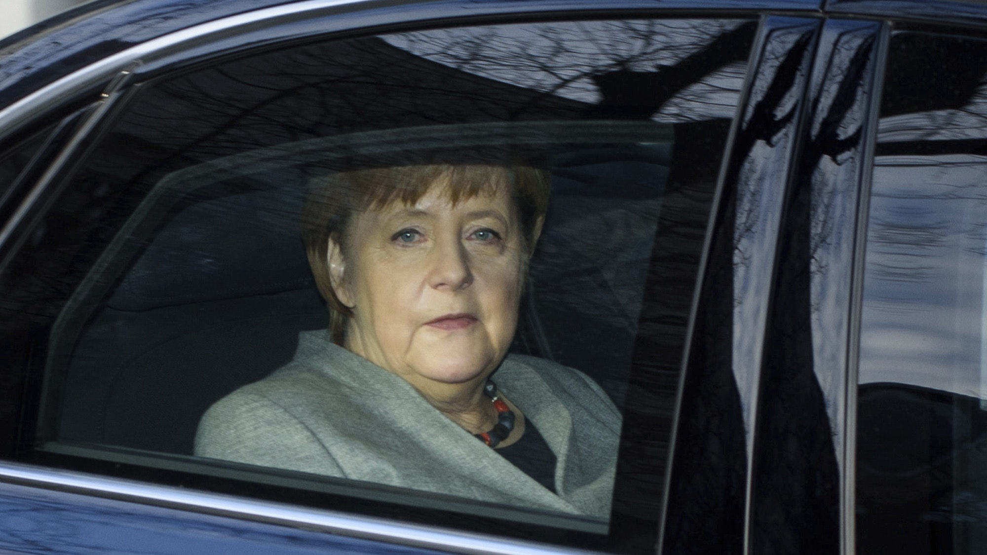 German coalition talks adjourned until Monday
