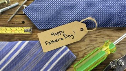 Tie and Fathers Day gift tag