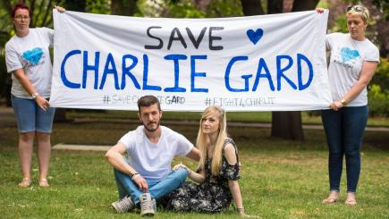 Charlie Gard: Parents hand in petition to Great Ormond Street Hospital