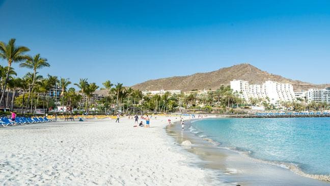 is it safe to travel to the canary islands bt