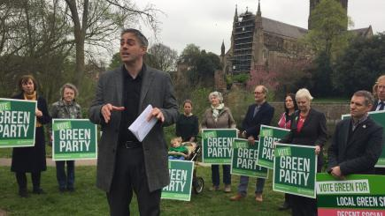 Greens promise four-day week in manifesto
