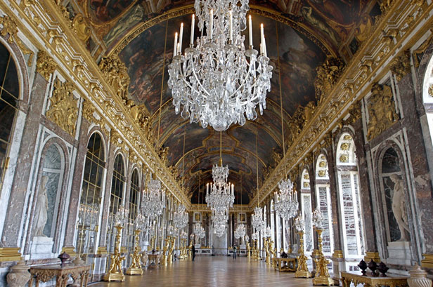 6 reasons to visit the Palace of Versailles – Louis XIV's spectacular chateau; Eleanor Lees; BT