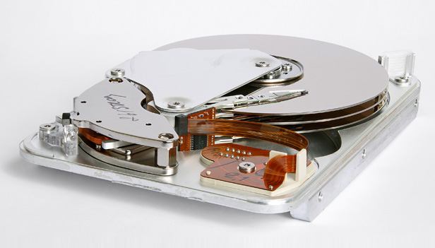 Seagate ST33232A hard disk inner view by Eric Gaba, Wikimedia Commons user 'Sting'. Licensed under CC BY-SA 3.0 via Wikimedia Commons - http://commons.wikimedia.org/wiki/
