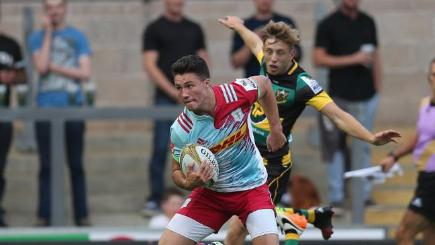 Harlequins brushed aside their opponents to win their three Group C Premiership 7s matches.