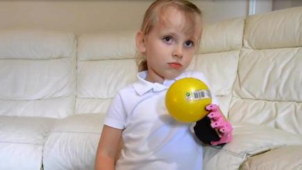 Girl's prosthetic arm is a UK first