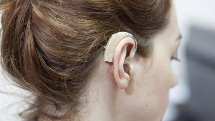 6 tips to prevent hearing loss