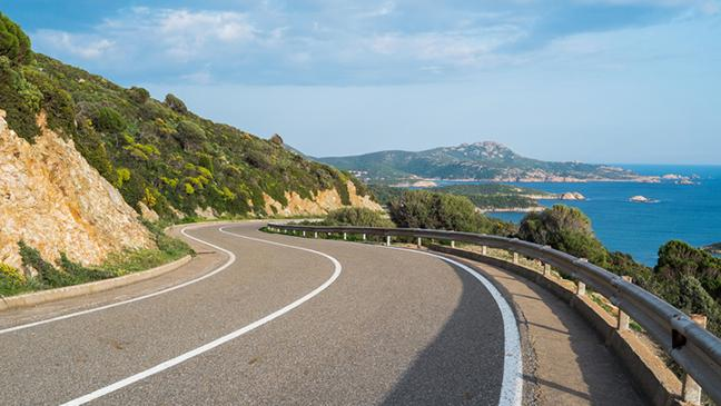 What do I need to drive in Italy? Driving in Italy checklist. Driving in Italy  requirements - BT