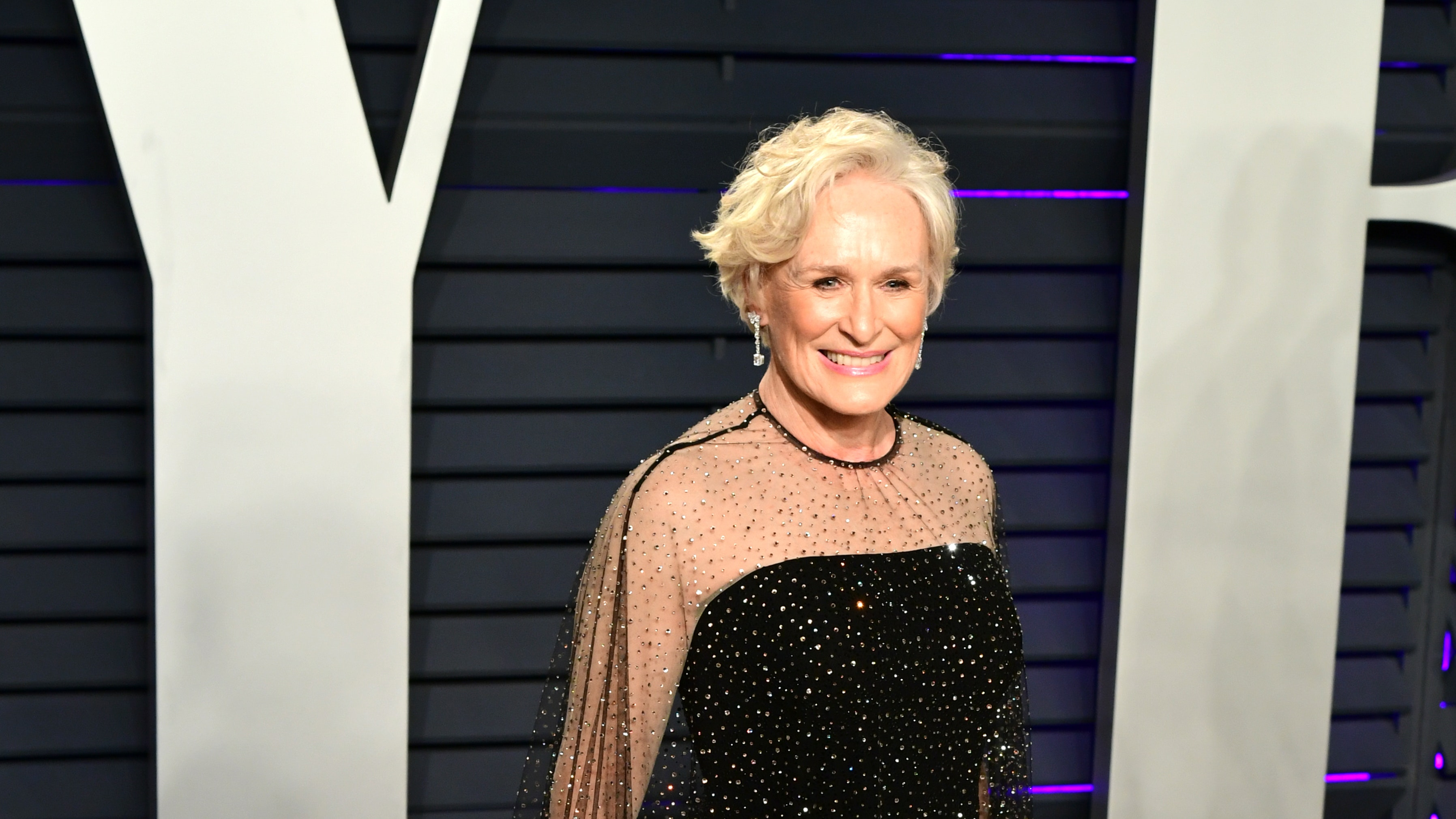 http://home.bt.com/images/hollywood-star-glenn-close-leads-celebrity-tributes-to-notre-dame-cathedral-136435565419502601-190416094033.jpg
