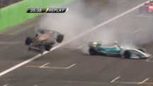 Horror crash in World Series by Renault