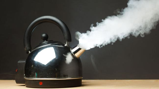 How to clean a kettle – Clean your
