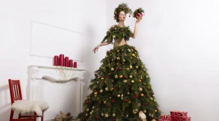 How To Do Festive Fashion Without Looking Like A Christmas
