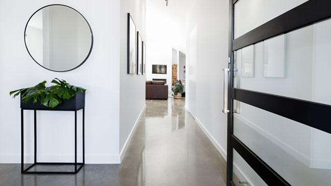 7 ways to make your hallway more interesting bt