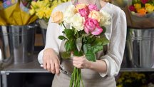 How to pick a decent bouquet for Mother's Day