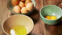 How to separate egg yolk