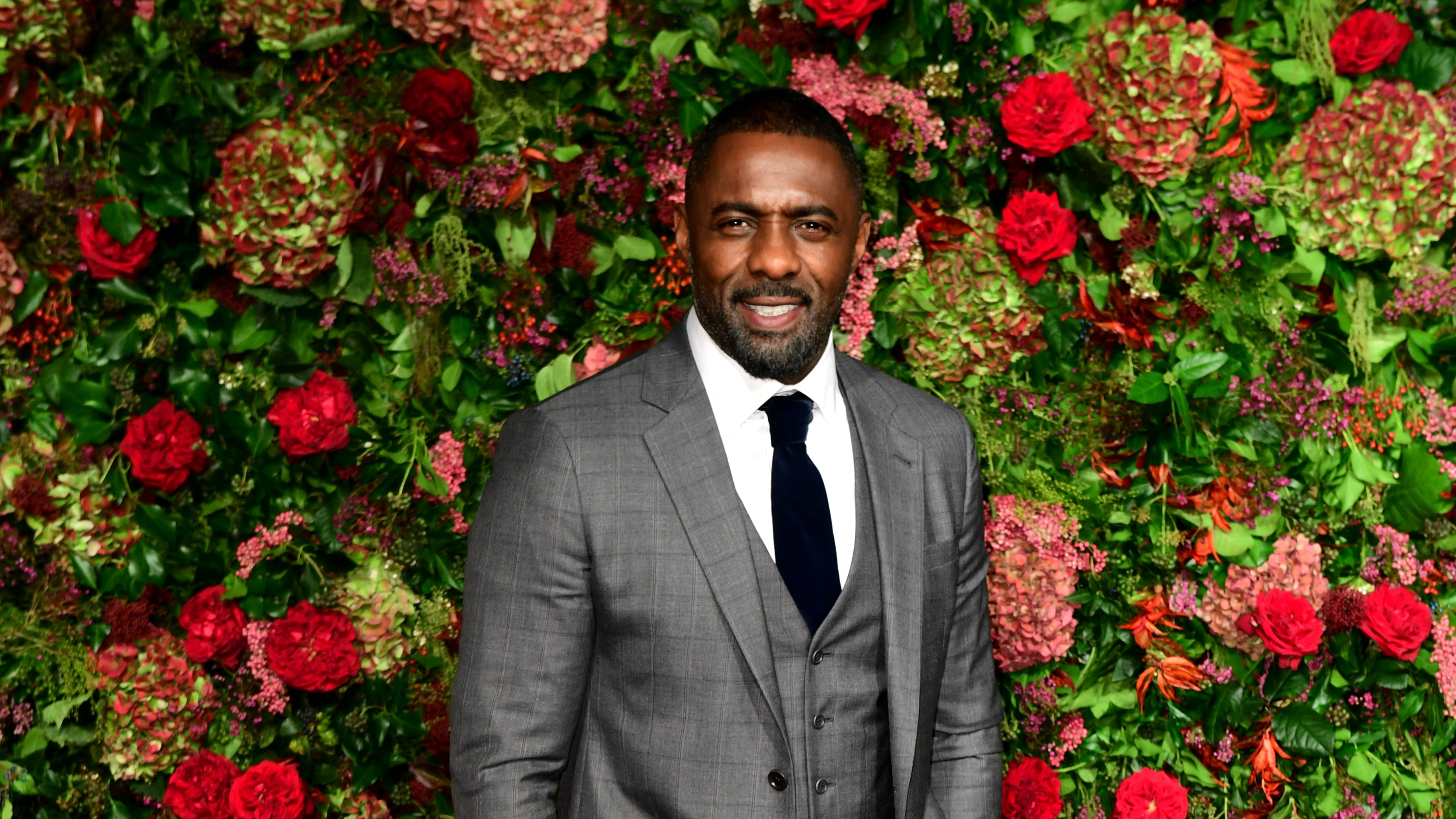 Golden Globes: Idris Elba and Daniel Craig tease next James Bond