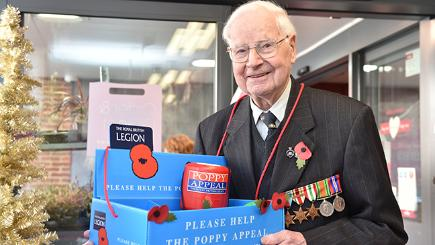 Is 101-year-old Wally Randall Britain's oldest poppy seller?