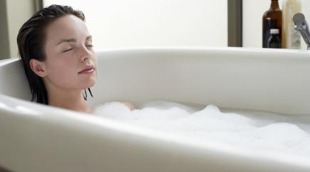 Taking A Hot Bath May Burn More Calories Than Your Workout