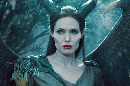 Jolie Shows Off Her Wings In New Maleficent Trailer Bt