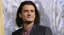 Katy Perry throws surprise birthday bash for boyfriend Orlando Bloom