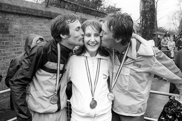 The winners of the inaugural London marathon: American Dick Beardsley, Great Britain's Joyce Smith and Norwegian Inge Simonsen.