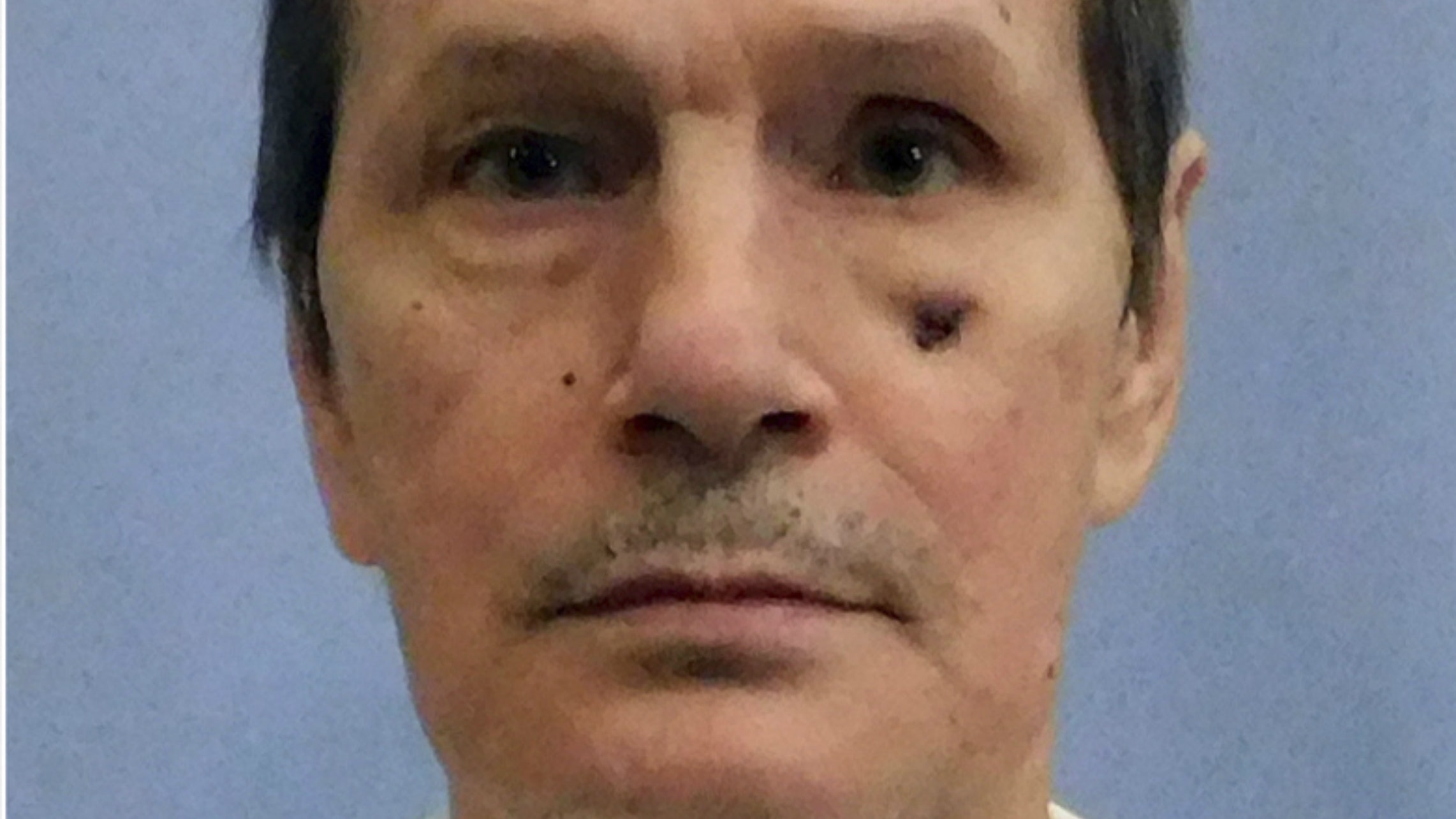 Prison staff accused of TORTURE after botched execution of Alabama murderer