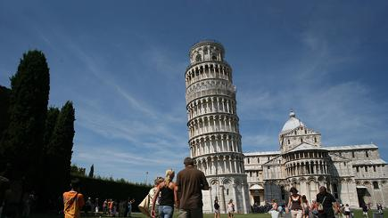 Leaning Tower of Pisa in 2007