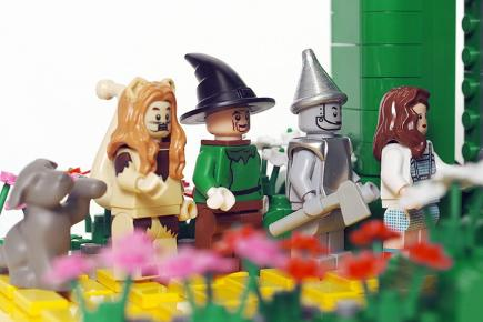 Wizard Of Oz Faces Ghostbusters In Lego Clash Bt
