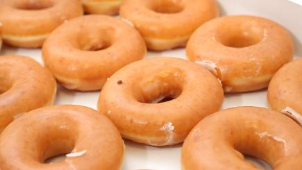 Londoners crash UberEats trying to order 36,000 free Krispy Kreme doughnuts