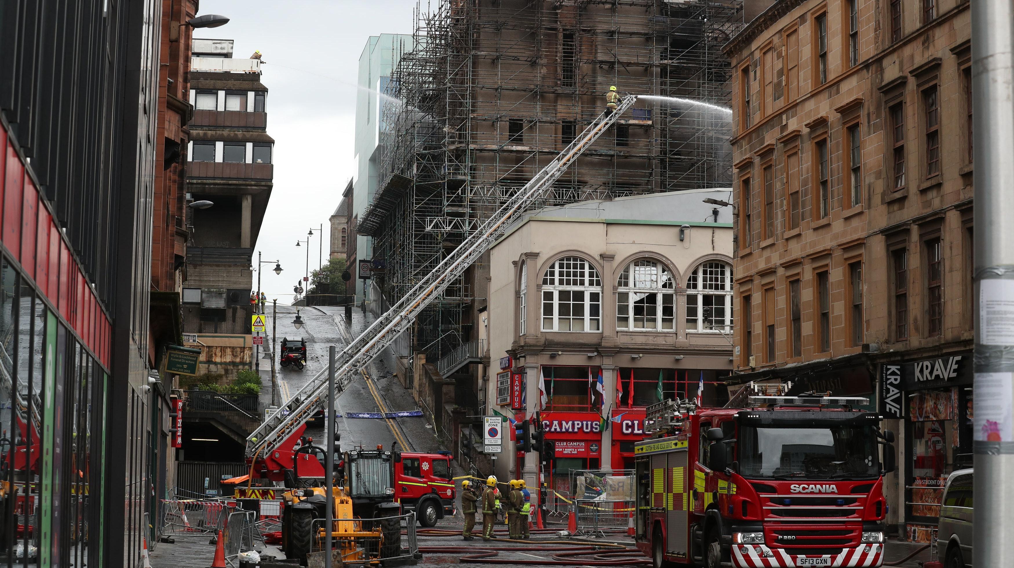 Looters Break Into Bar Shut Since Glasgow School Of Art Fire Bt