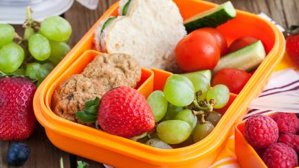 10 easy tips to liven up school lunchboxes