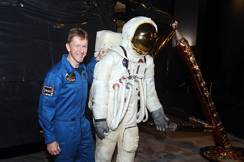 Astronaut Standing Behind Girl - Pics about space
