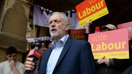 Labour rules out income tax rises for those earning less than £80000