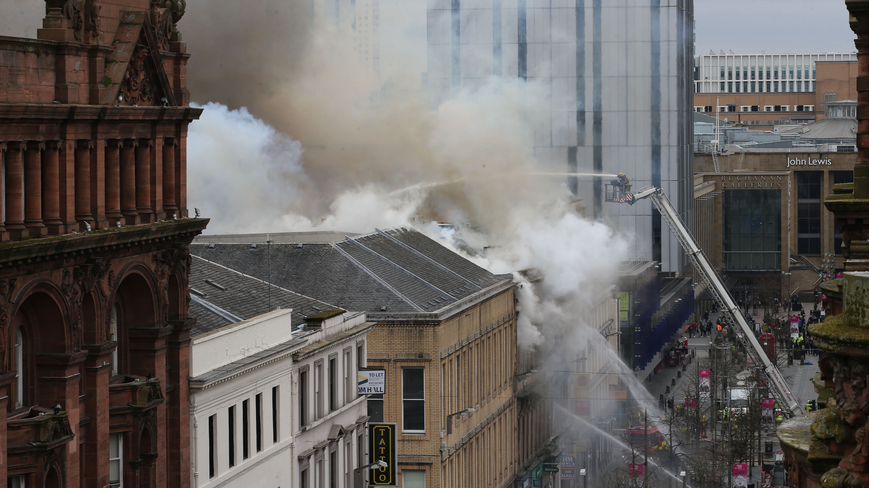 Firefighters remain at scene of Glasgow nightclub blaze