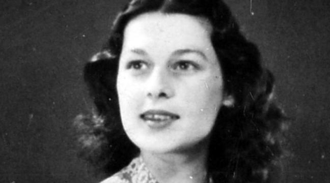 Medals belonging to Second World War heroine Violette Szabo fetch £260,000  at auction