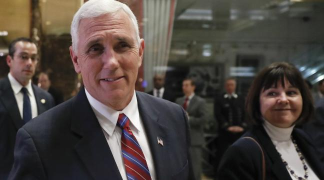 mike pence takes the whitest group selfie ever and gets mercilessly