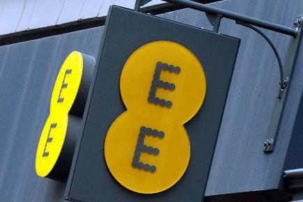 EE apologised for the inconvenience caused by a technical issue