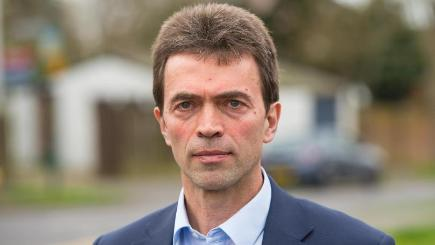 Tom Brake is to table a proposed law change which would prevent ministers from overruling decisions by the Information Commissioner and Information Tribunal
