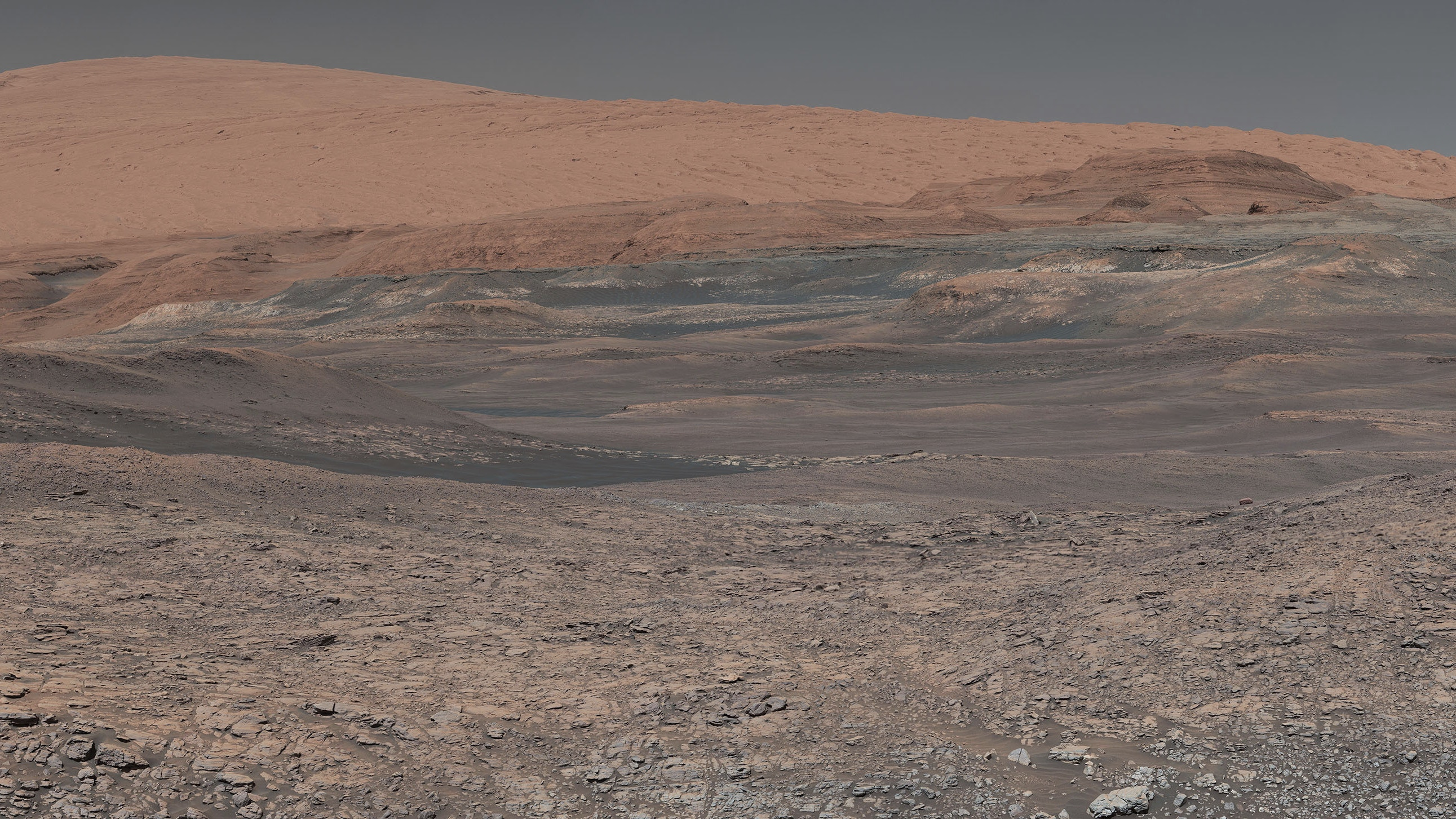 Nasa S Mars Rover Curiosity Marks 2 000 Days On Red