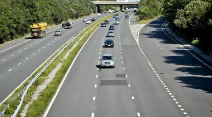Nearly half of British motorists admit to being middle-lane hoggers