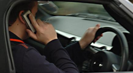 Tougher penalties for drivers using phones