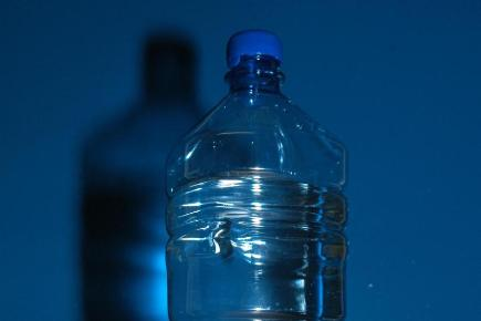 'No cancer risk in plastic bottles'