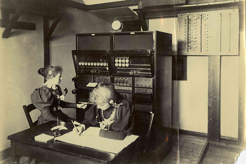 Northumberland switchboard. 1898.