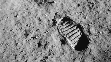 A Brief History of Lunar Exploration - SliderBase |Moon First Step Onto