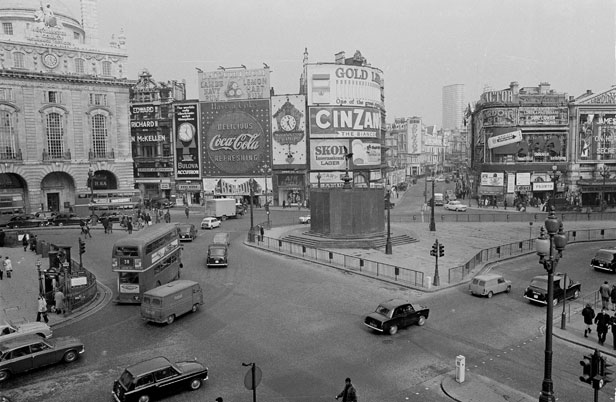 Piccadilly Circus 1970