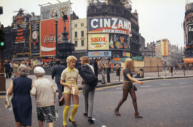 Piccadilly Circus 1971
