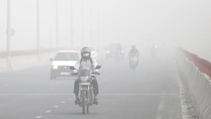 Pictures of New Delhi show just how bad its smog problem is