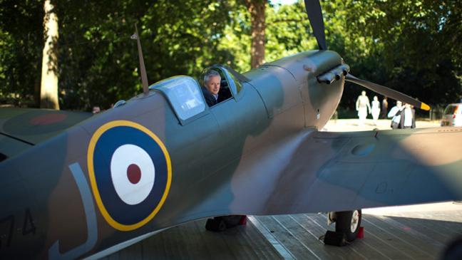 Restored Spitfire goes on show - BT